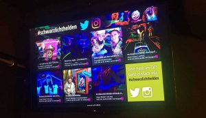Social-Wall beim Minigolf Schwarzlichthelden Mainz